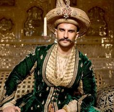 Bollywood: Ranveer Singh will be named 'Maharashtrian Of The Year' for his outstanding performance as Maratha warrior Peshwa Bajirao II in Sanjay Leela Bhansali's 'Bajirao Mastani'. Indian Men Fashion, Mens Fashion, Mens Head Wrap, Sanjay Leela Bhansali, Royal Clothing, Medieval Life, Indian Man, Ranveer Singh, Traditional Fashion