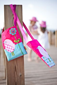 Handmande childrens bags  www.vanillastitch.com