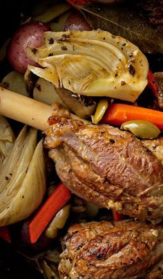 Braised lamb shanks with fennel and baby potatoes: You need to make this fall dinner ASAP. Fennel Recipes, Olive Recipes, Carrot Recipes, Lamb Recipes, Top Recipes, Potato Recipes, Venison, Beef, Food Dishes