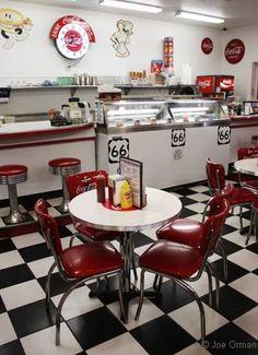 Vintage Diner Decor Enchanting Best 25 Diner Decor Ideas On Pinterest 1950S Diner Vintage . Design Ideas