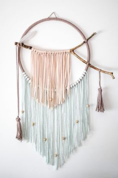 Large Dream Catcher Wall Hanging Boho Dreamcatcher for Yarn Wall Art, Yarn Wall Hanging, Wall Hangings, Macrame Art, Macrame Projects, Easy Diy Crafts, Yarn Crafts, Los Dreamcatchers, Macrame Patterns