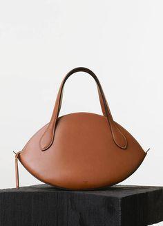 Spring / Summer Runway 2015 collections - Handbags   CÉLINE