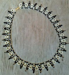 Free pattern for pretty beaded necklace Inga          [ad#Ads_post]         [ad#amazon link