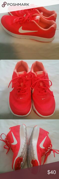 🌟Like New🌟Nike Flex Exp. RN 4, Women's Size 8.5 Super Comfortable Bright Crimson/White/Atomic Pink, Flexible Snug Fit, Cushioned Insole, Flex Grooves for Traction & Great Run Nike Shoes Athletic Shoes