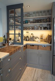 Old Amersham Kitchen - Traditional - Kitchen - south east - by Kingshill Joinery