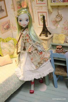 Birdie ooak Monster High doll | Flickr - Photo Sharing!