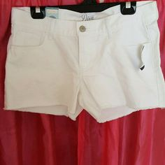 White Denim shorts Diva flirty white fringe shorts Old Navy Shorts Jean Shorts