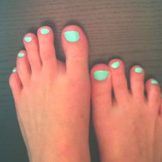 Summer nails love this color