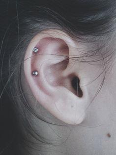 helix piercing (85)