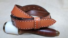 Hand stitching belt made with veg tanned italian leather (Boia d'un Mond Leather®)