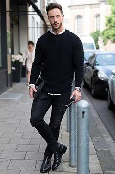 Chelsea Boots Outfit, Black Chelsea Boots, Trajes Business Casual, Business Casual Outfits, Smart Casual Menswear, Men Casual, Casual Boots For Men, Black Outfit Men, Vintage Street Fashion