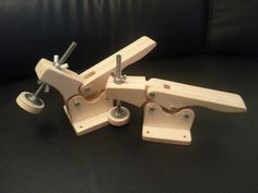 DIY Wooden Toggle Clamps