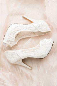 #white #lace #shoes @weddingchicks