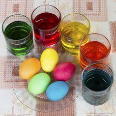 Φέτος το Πάσχα βάφουμε πολύχρωμα αυγά σαν... μωσαικό! (Η τεχνική) ? κουζινα › γευσεισ || womenonly.gr