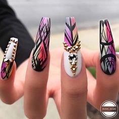 Beautiful nails by Ugly Duckling Nails page is dedicated to promoting quality, inspirational nails created by International Nail Artists Stiletto Nails, Coffin Nails, Acrylic Nails, Gorgeous Nails, Pretty Nails, Hair And Nails, My Nails, American Nails, Manicure Y Pedicure