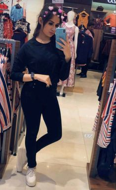 Now you are one of them to search girl dp Teen Girl Poses, Cute Girl Poses, Cute Girl Photo, Girl Photo Poses, Girl Photos, Stylish Photo Pose, Stylish Girls Photos, Stylish Girl Pic, Teen Celebrities