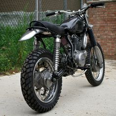 Another refurb 1981 Yamaha SR250 Motorcycle