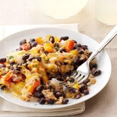 Recipes for Baked chicken and rice with black beans that you will be love it. Choose from hundreds of Baked chicken and rice with black beans recipes! Rice Recipes, Veggie Recipes, Casserole Recipes, Mexican Food Recipes, Vegetarian Recipes, Cooking Recipes, Healthy Recipes, Ethnic Recipes, Skillet Recipes