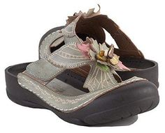 fed72f26559f Corkys Fern Women s Slip On 6 B(M) US Grey-Multi
