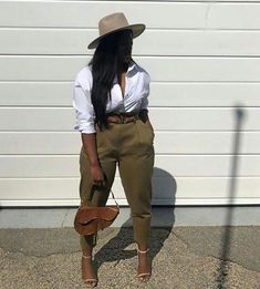 Trendy ideas for style vestimentaire femme ronde classe Black Girl Fashion, Curvy Fashion, Look Fashion, Plus Size Fashion, Fashion Killa, Queer Fashion, Feminine Fashion, Classy Fashion, 2000s Fashion