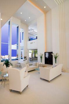Tobian Residence modern living room