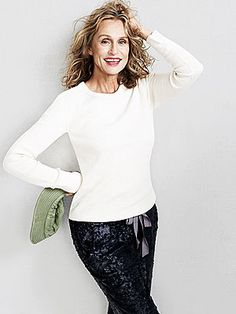 lauren hutton fashion covers   Iconic Lauren Hutton Shares Her Timeless Fashion Tips on JCrew.com