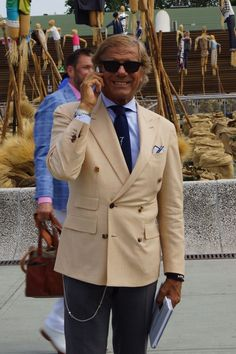 #linoieluzzi #albazarmilano #7style #doublebreastedjacket #pitti #florence