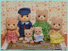 Sylvanian Families Petite Bear Family