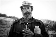 Sr uruguayo: rises every morning with the sun and takes his mate and flask out with him for a day's work on the lands