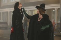 It's Not Easy Being Green Once Upon A Time 3x16