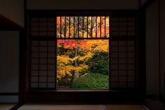 https://flic.kr/p/xxjHqG | 迷いの窓 - 源光庵 / Genkoan Temple | I want to introduce wonderful Japan to the world.