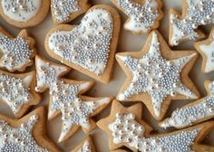 De nem is lehetne eldugni, mert az… Christmas Cookies Gift, Christmas Brunch, Christmas Sweets, Christmas Baking, Silver Christmas, Cookie Gifts, Sweet And Salty, Cookie Decorating, Gingerbread Cookies