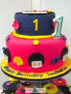 The 2-tier kokeshi doll themed cake
