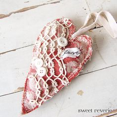 Red Heart Primitive Shabby Chic Hanging Heart