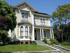 victorian bay windows | love bay windows Victorian House in Echo Park 3 by Oracio Alvarado ...