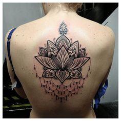 A little ornate pattern lotus #tattoo #dotwork #dotworktattoo #lotus #lotustattoo #blackwork #blackworktattoo #bathuk #imperialtattoocompany #toogoodtattoo by toogoodtattoo