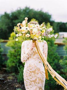 Flower Bouquet Wedding, Bridesmaid Bouquet, Bridesmaids, Wedding Blog, Wedding Ideas, Spring Garden, Bridal Portraits, Garden Wedding, Wedding Inspiration