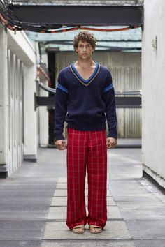 Perry Ellis Spring 2018 Menswear Fashion Show Collection