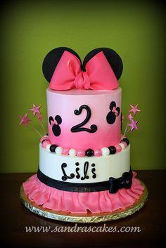 Minnie Mouse Birthday Cake ~ super cute!