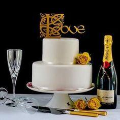 Modern Wedding Cake Topper,Love Gold Cake Topper, Cake Topper, Romantic Anniversary Cake Topper, Cake Topper Ideas for Wedding Cake Silhouette Cake, Couple Silhouette, Celtic Wedding, Irish Wedding, Wedding Cake Toppers, Wedding Cakes, Cupcake Toppers, Golden Cake, Love Cake Topper