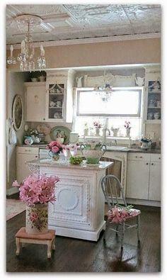 Stunning #ShabbyChic Poppy Loves Pinterest: Gorgeous Shabby Chic Home Decor Ideas