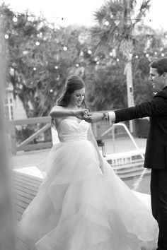 First dance. | Oyster Bay Yacht Club Weddings | Alex Michele Photography, Jacksonville