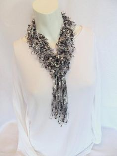 Crocheting: Hairpin Lace Scarf