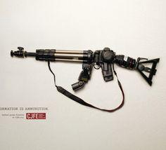 La liberté d'expression est un droit, l'information une arme.