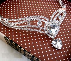 Free Shipping Zircon Rhinestone Tiara Crown for Bride Quinceanera Crowns Pageant Hair Jewelry WIGO0068-in Hair Jewelry from Jewelry on Aliexpress.com