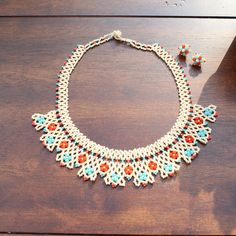 Beautiful handmade Mexican Huichol necklace and earring set. Handmade in Puebla, Mexico.