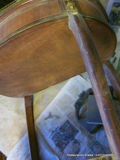 CACHIVACHES ,Muebles y Detalles personalizados :Restauración: Mesita Angeles