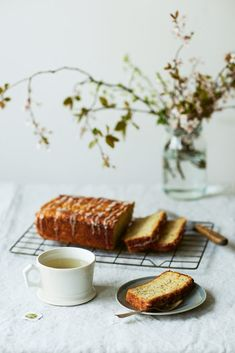 Parsnip, Lemon and Poppyseed Loaf recipe for Steffi Knowles-Dellner's latest book Lagom. The perfect treat for cosy weekend baking. Loaf Recipes, Cake Recipes, Dessert Recipes, Dessert Food, Poppyseed Loaf Recipe, Lemon Loaf Cake, Peach Syrup, Lemon Desserts, Savoury Cake