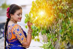 Shopzters is a South Indian wedding site Wedding Couple Pictures, Wedding Couples, Wedding Day, Bridal Boxes, Indian Fashion Trends, Sari Blouse Designs, Bride Look, Cheap Fashion, Bridal Style