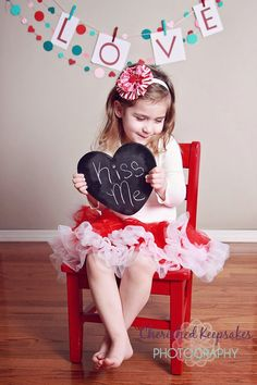 Another V-Day idea *like the tiny red chair*